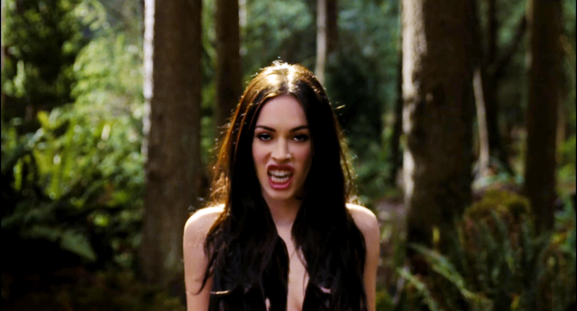 Megan Fox Jennifers Body Screencaps Jul 9 2009